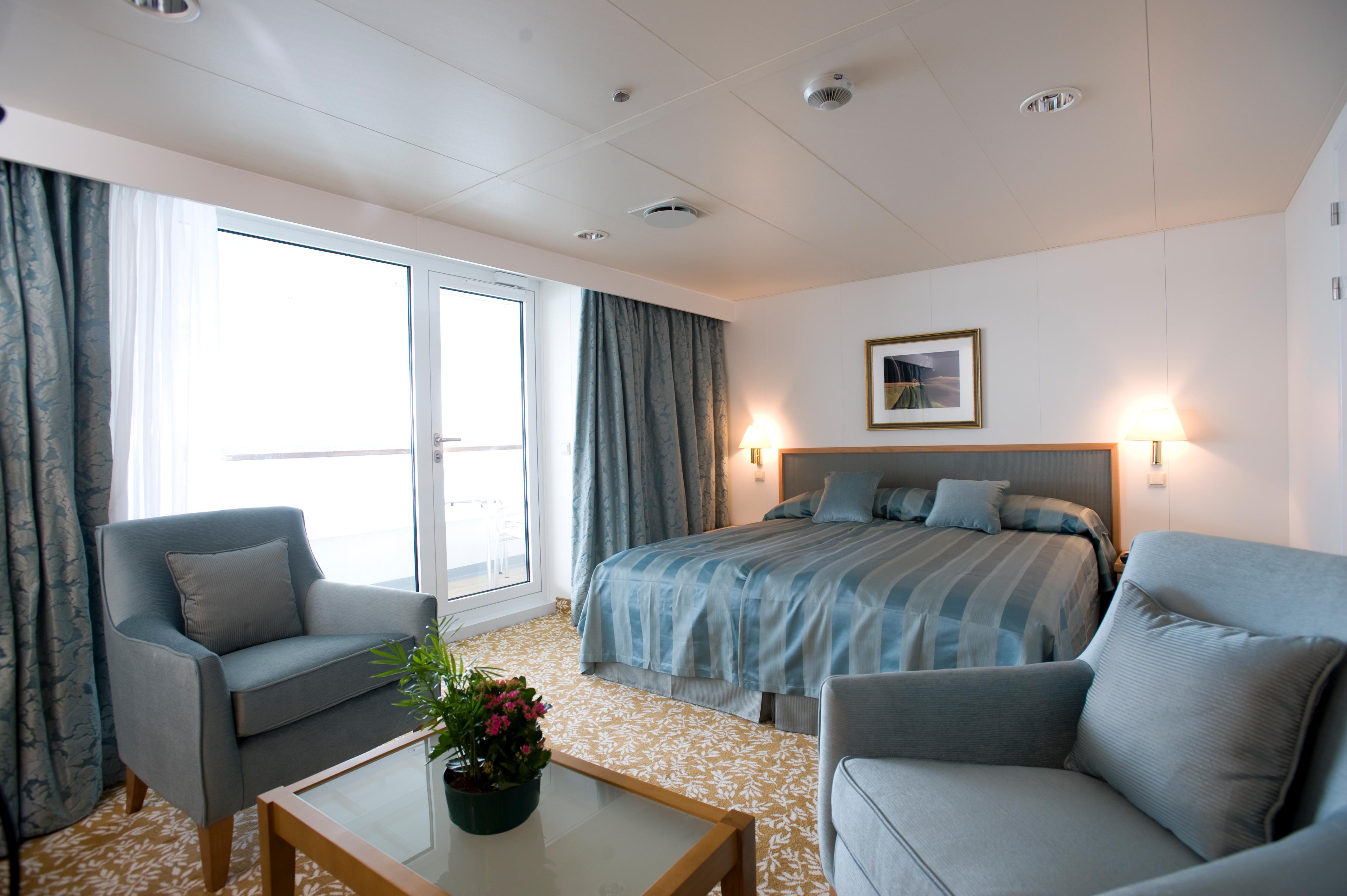 Braemar, Fred. Olsen Cruise Lines, Fred. Olsen Travel