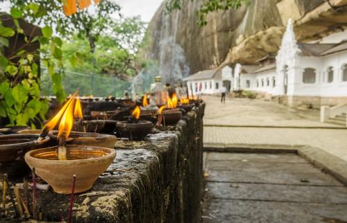 Buddhist caves, Sri Lanka