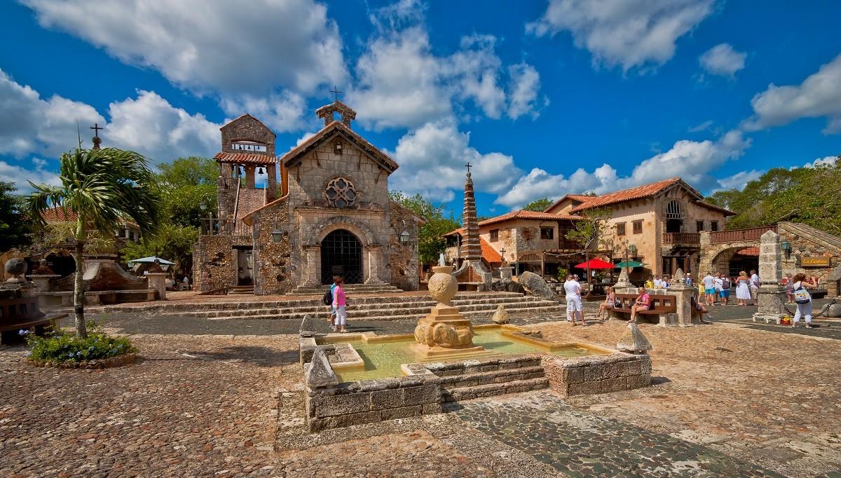 Banner, Altos de Chavon, La Romana. Den dominikanske republikk