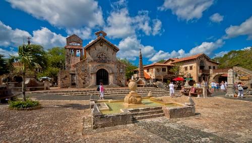 Altos de Chavon, La Romana, Den dominikanske republikk
