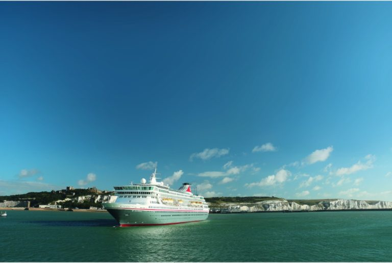 Balmoral-Fred.-Olsen-Cruise-Lines-Dover-2-1
