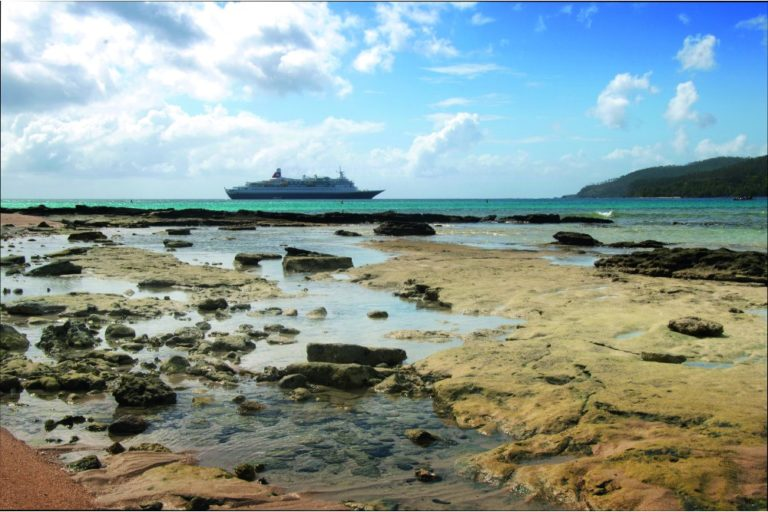 Black-Watch-Fred.-Olsen-Cruise-Lines-