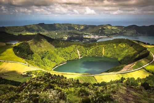 Sete Cidades Lagoa Ponta Delgada AZORES