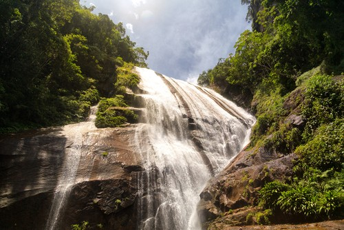 Gato Waterfall, Ilhabela