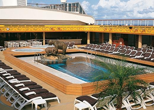 Bolette basseng med overbygg Fred. Olsen Cruise Lines